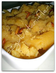 Foodista | Recipes, Cooking Tips, and Food News | Peynirli Mısır unu Helvası