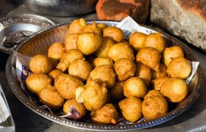 Bread Pakora (Indian snack)