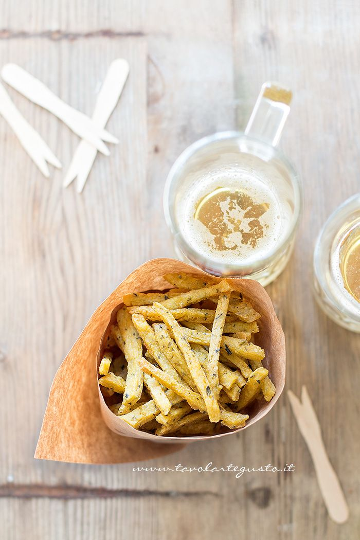 Chips di farina di ceci e rosmarino - Ricetta Chips - Bastoncini di farina di…