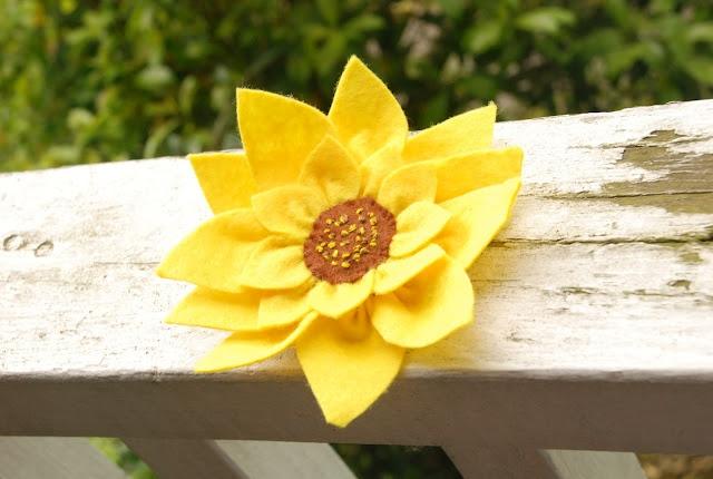 Sunflower felt badge