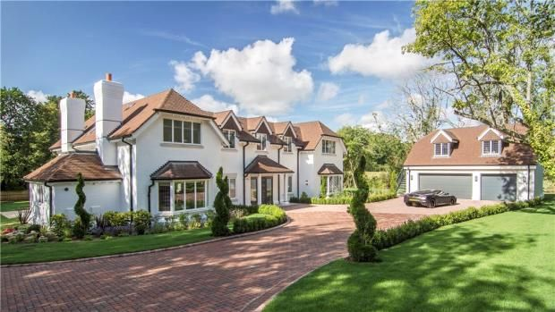 5 bedroom detached house for sale in Church Lane, Finchampstead, Wokingham - Rightmove | Photos