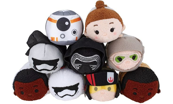 A few weeks ago, we saw a sneak peek of the new Star Wars: The Force Awakens Tsum Tsum Collection . While the photo revealedfour Tsum Tsums, there are more to the collection...a lot more. Official photos of the new series was released this morning revealing 9 different Mini Tsum Tsums, 3 mediums