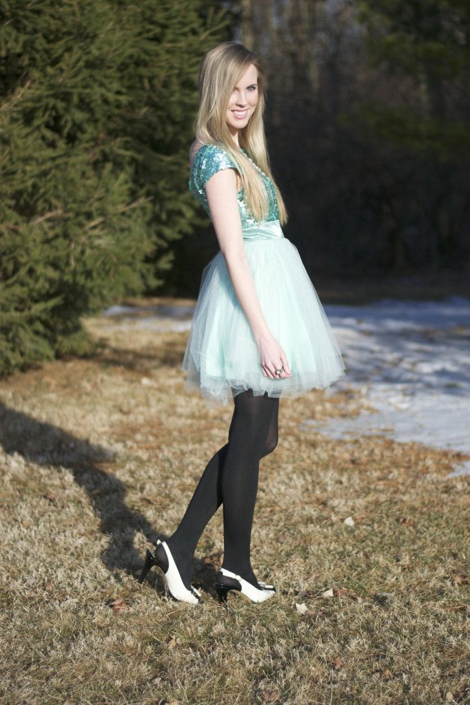 Lacy Rose in a #mint Deb Shops dress