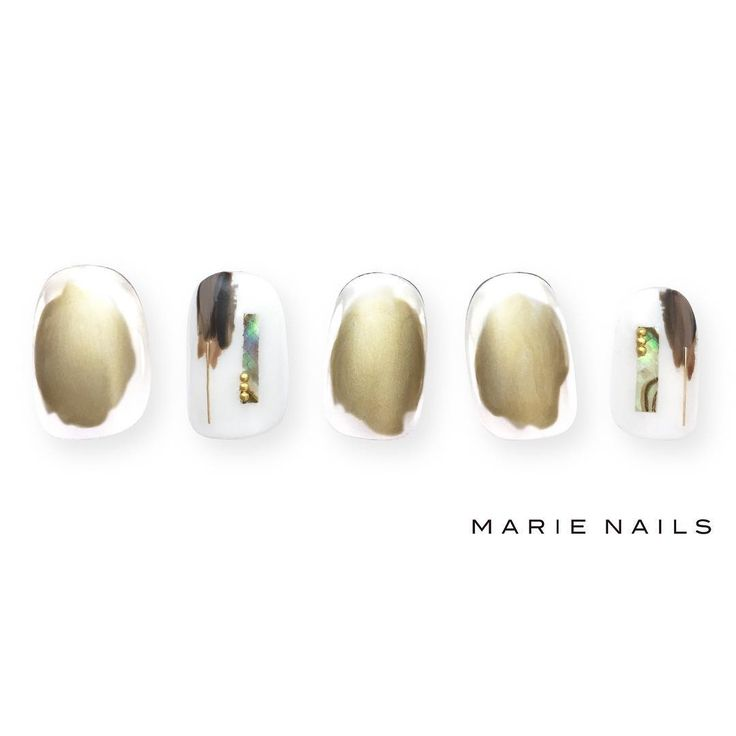 #マリーネイルズ #marienails #ネイルデザイン #かわいい #ネイル #kawaii #kyoto #ジェルネイル#trend #nail #toocute #pretty #nails #ファッション #naildesign #awsome #beautiful #nailart #tokyo #fashion #ootd #nailist #ネイリスト #ショートネイル #gelnails #instanails #newnail #cool #gold #white