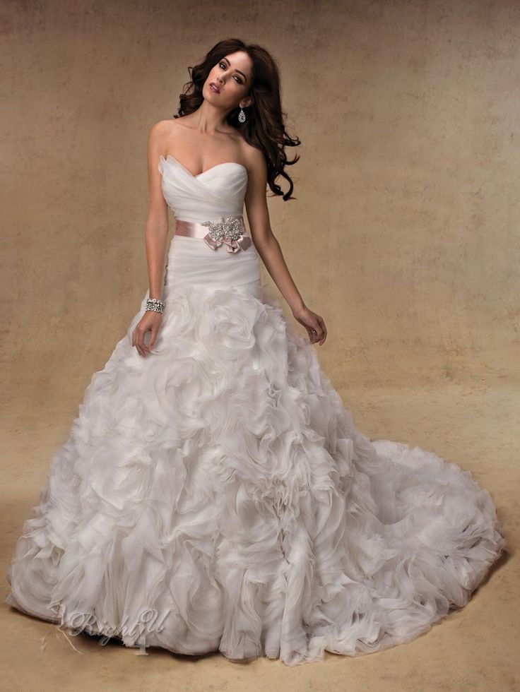 expensive wedding dresses 25 best ideas about expensive wedding dress on 3953