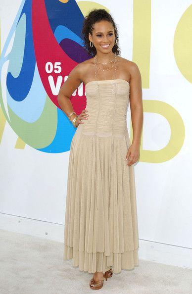 78 Best ideas about Beige Dresses on Pinterest  White dress ...