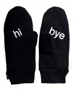 Cool Moiko mittens. Several languages available. Hola!