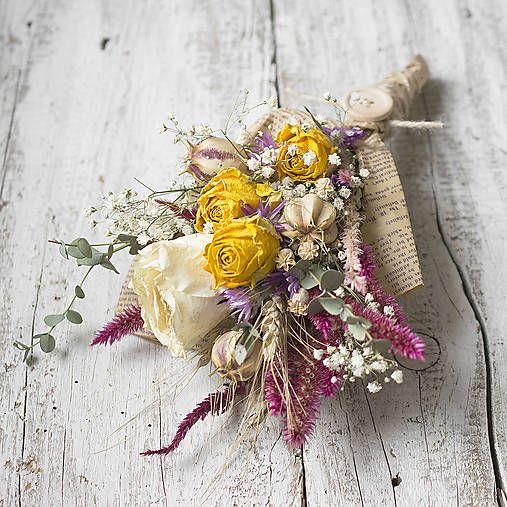 Dry flowers bouquet, newspaper wrapping KvetinovyObchodik / Utešená kytička Pre radosť