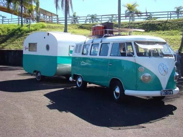 Cute setup but I hope they don't encounter any hills with this setup, VW buses are notoriously underpowered and prone to overheating which is the death knell of air cooled engines.