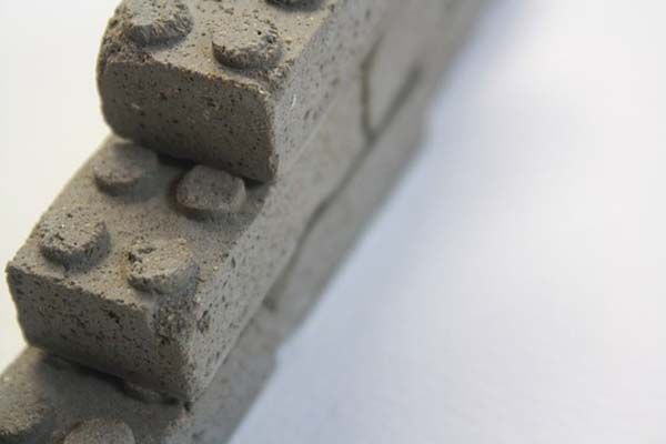 Fun Reminders of Childhood: Concrete Building Blocks - http://freshome.com/2011/07/08/fun-reminders-of-childhood-concrete-building-blocks/