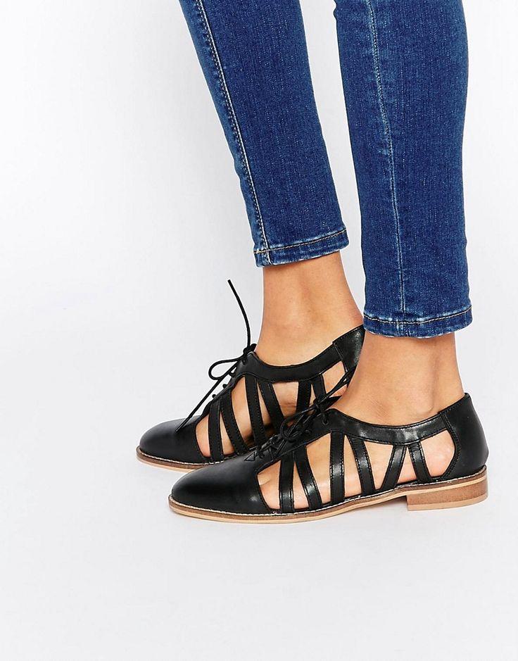 Imagen 1 de Zapatos planos de cuero MEMBERSHIP de ASOS