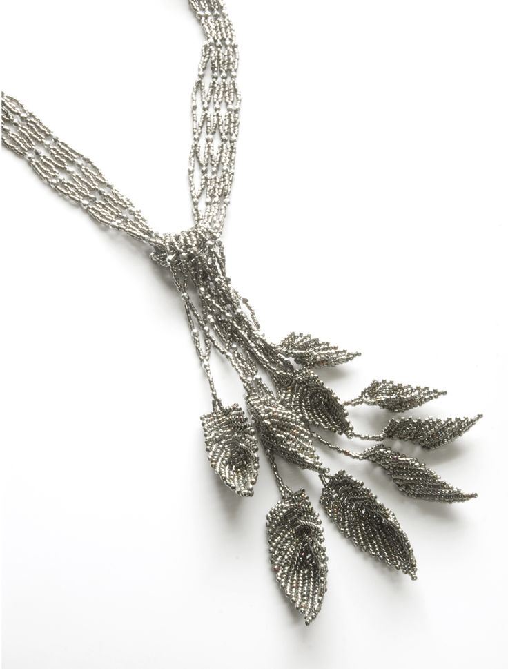 Jewerly. Find more on http://findanswerhere.com/jewerly Seed bead leaf- for birds nest necklace. Green seed beads