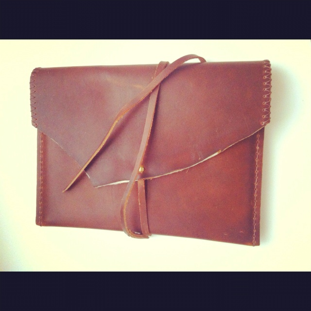 Distressed leather iPad case