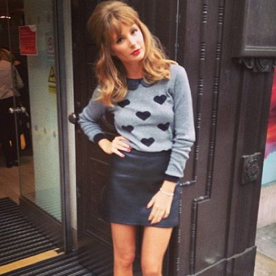 Doesn't Millie Mackintosh look sweet and retro in our heart print jumper? We're loving the 60s vibe...