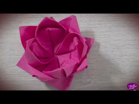 ▶ Pliage de la serviette en forme de Fleur de Lotus - YouTube