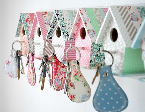 Birdhouse Key Rack :-): Birdhouses, Key Holders, Key Hooks, Bird Houses, Diy, Craft Ideas, Crafts, House Keys