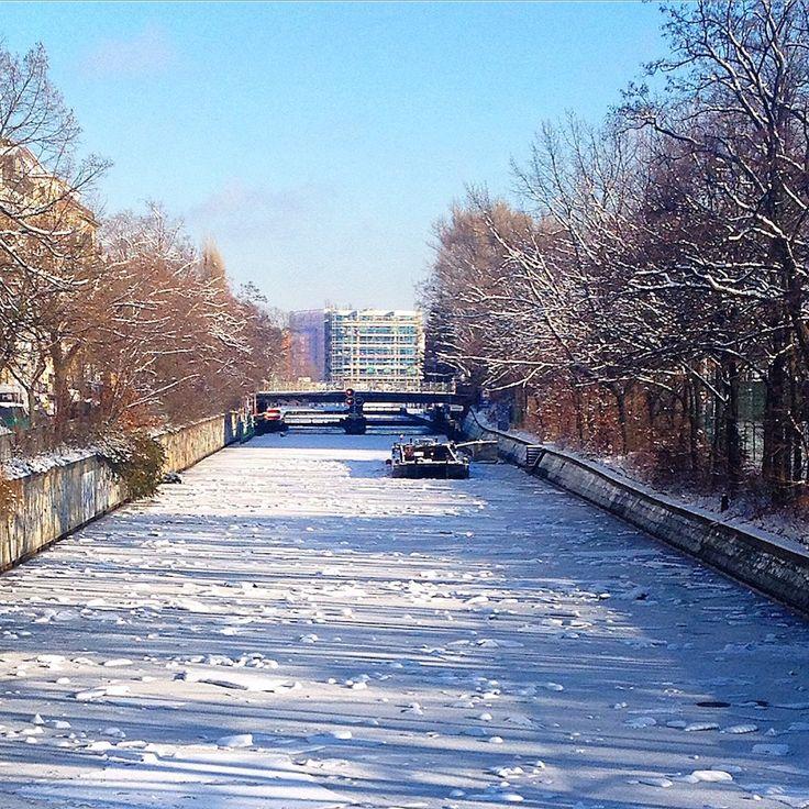 #winter #berlin #landwehrkanal #ice #snow #sky #blue #river #kreuzberg #berlinkreuzberg