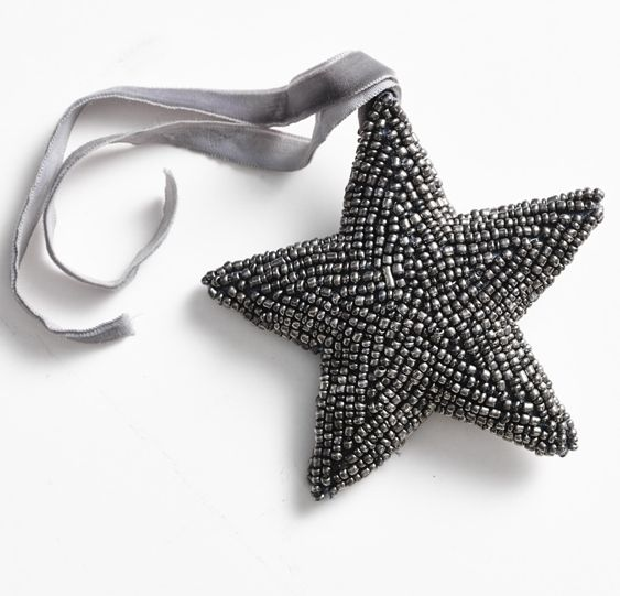 Christmas decorations! Beautiful handmade star in silver-gray, with a velvet ribbon.  (big beat star, 15 cm). Buy at www.thetravellingband.dk