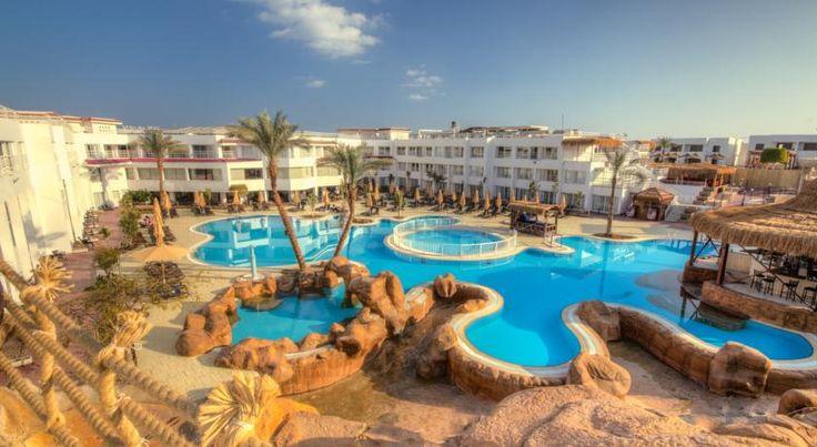 Отель Sharming Inn, Шарм-эль-Шейх, Египет #Египет  Отель Sharming Inn находится в городе Шарм-эль-Шейх, в 3,6 км от бухты Наама-Бэй, в 23,7 км от бухты Набк и в 12,5 км от национального парка Рас-Мохаммеда, до международного аэропорта Шарм-Эль-Шейха 14 км. К услугам гостей отеля Sharming Inn открытый бассейн, частный пляж и ресторан.  В отеле: 372 номера. Номера оснащены кондиционером, телевизором с плоским экраном, балконом, мини-баром, ванной комнатой с душем и феном...