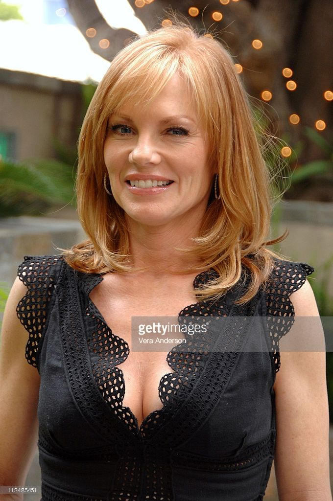 Marg Helgenberger Nude Photos 59