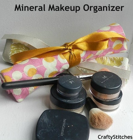 Where do you keep your #mineral makeup: Bridesmaid Gifts
