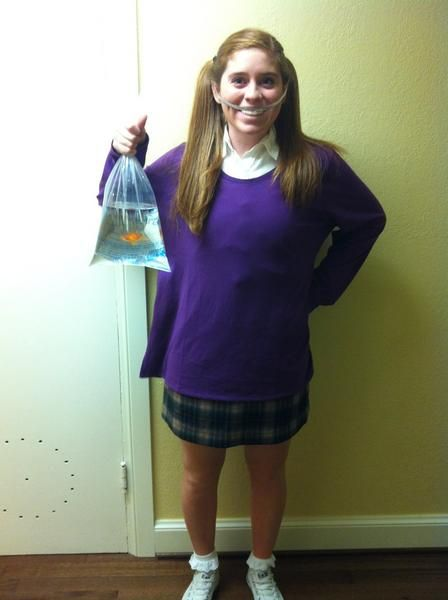 OMG Finding Nemo Halloween costume! Hilarious!