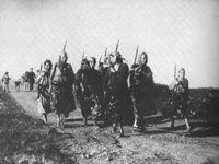 Album - Harkettes  Femmes combattantes anti-flns pendant la guerre d'Algérie 1959-1960. Il s'agit de femmes appartenant à l'harka de Catinat (on les surnomma les Harkettes), région où les femmes s'émancipèrent sans trop de difficultés.
