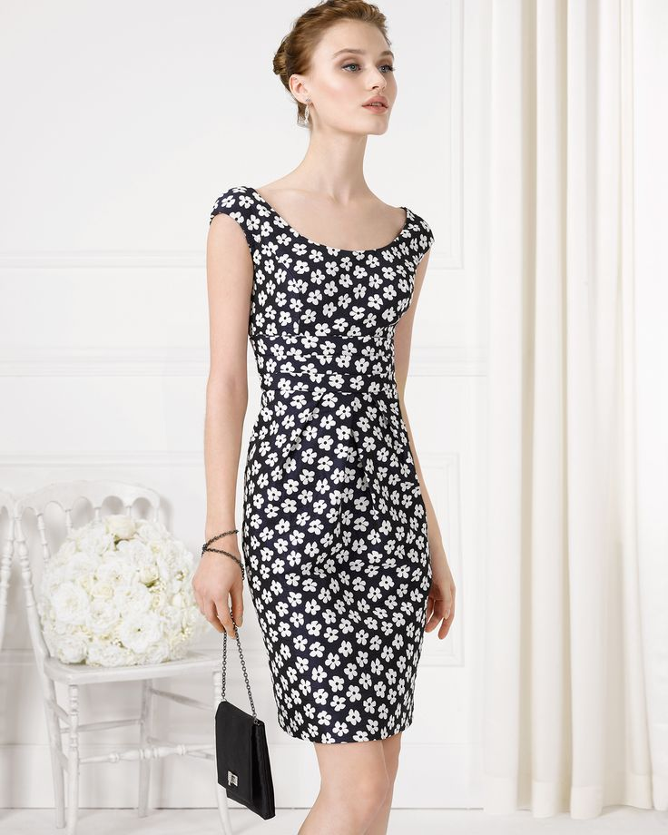 Летнее платье в стиле шанель черно-белое