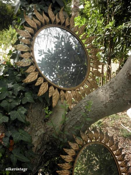Los Mundos de Nika Vintage: Espejos sol en mi jardin!