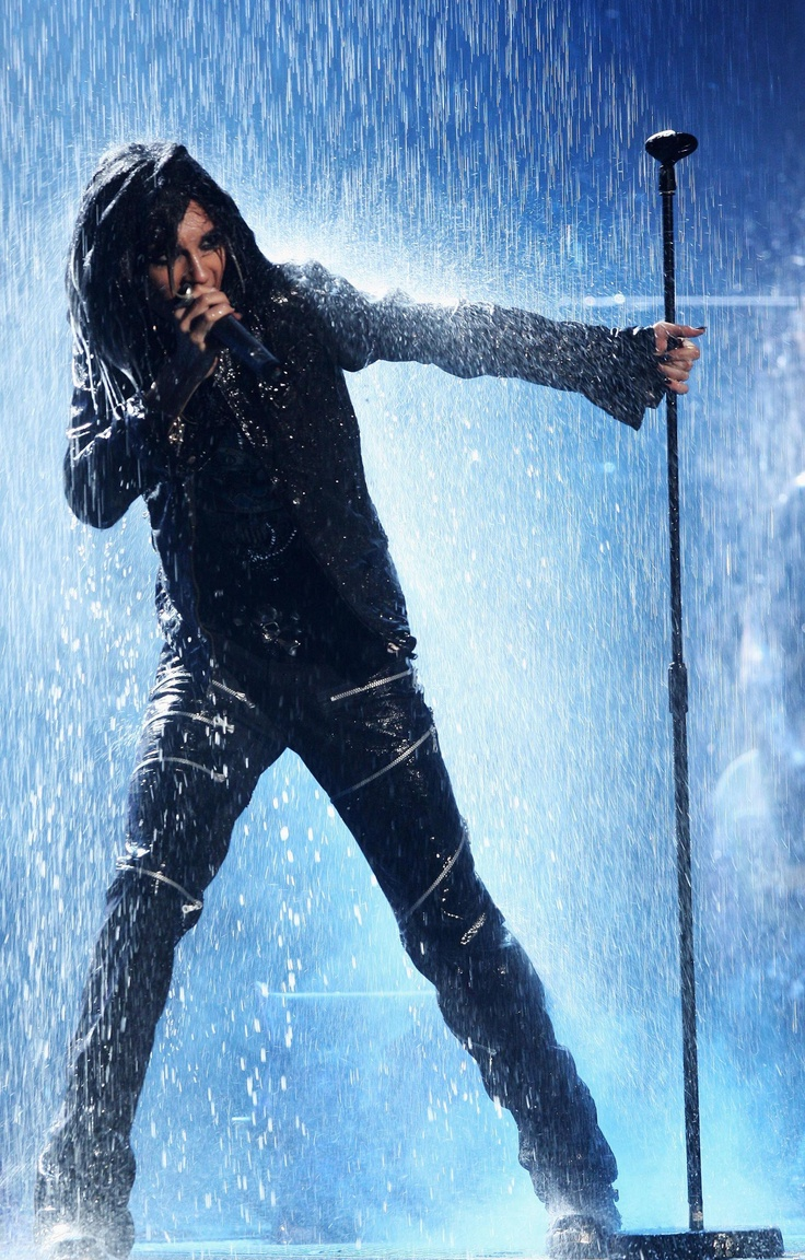 Bill Kaulitz (Tokio Hotel) Monsoon