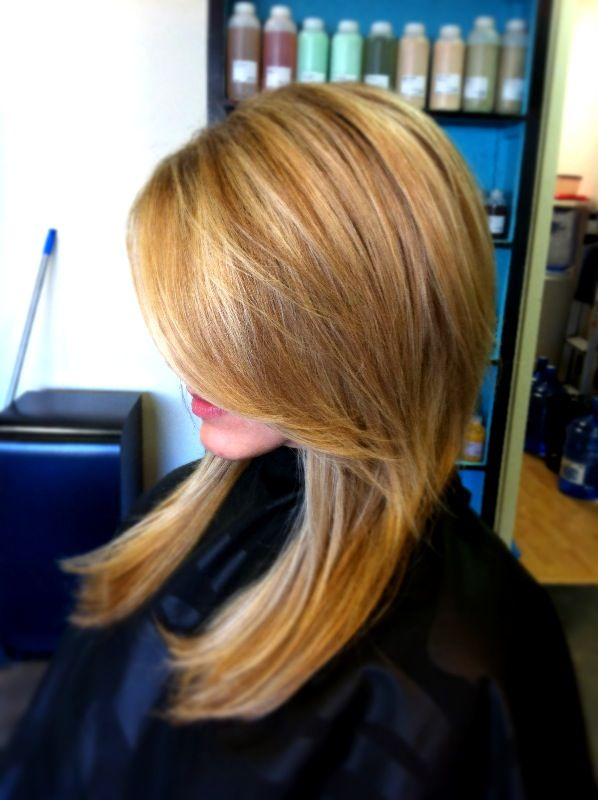 Super pretty blonde shade for the fall! See blondes!!??? You don't have to be so light or platinum all the time! Switch it up!