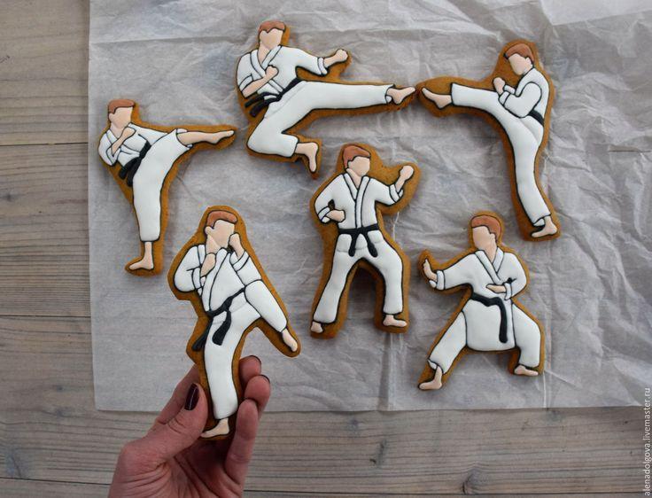 эпохи торт с рисунком каратэ подобрать