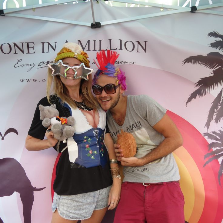Tam supporting 'One in a Million' - helping raise money for Africa's wildlife #travelwithlamb #oneinamillionsa #mrpricepro