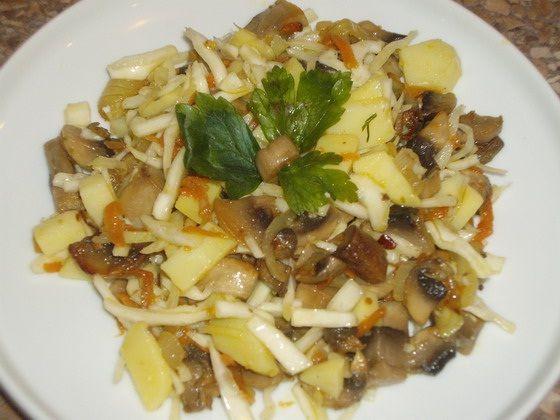 Кулинарные рецепты: Салат картофельный с грибами