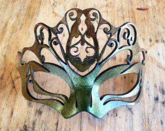 Aryssa Green Gold Leather Mask Autumn Carnival Filigree Mask