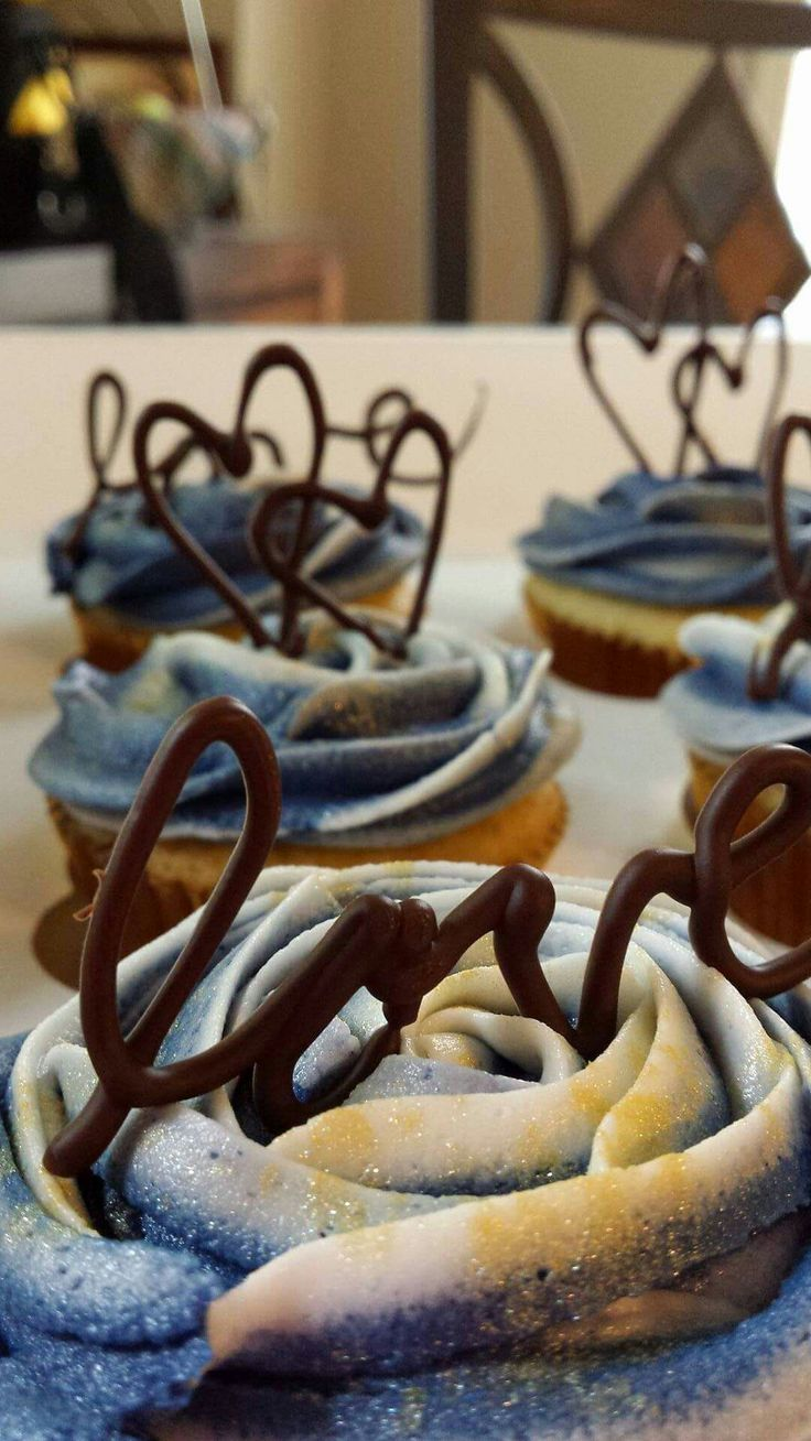 Lemon Cupcakes with Vanilla Buttercream and chocolate details