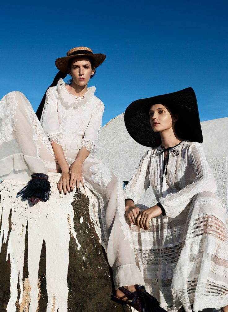 Models Angelika Maciolek and Karolina Laczkowska are country girls, styled in pure white feminine looks by Agnieszka Scibior. Photographer Mateusz Stankiewicz captures the bucolic fashion story for Viva Magazine July 2017./ Hair by Michal Bielecki; makeup by Marianna Yurkiewicz
