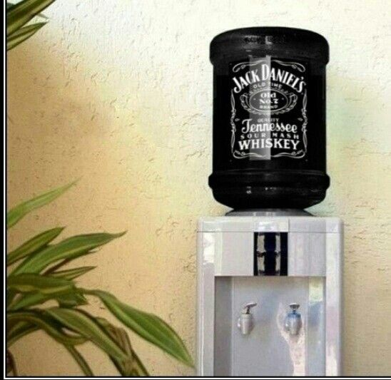 https://i.pinimg.com/736x/bf/57/f7/bf57f78656dfd4c3cb57bb31ef288c84--water-dispenser-jack-daniels.jpg