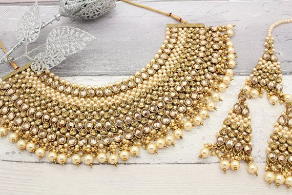 b6ff98e7744d64 Antique Gold Pearl Kundan Heavy Indian Bridal Bollywood Necklace Jewellery  Set with Tikka & Earrings | Products in 2019 | Jewelry sets, Jewelry, Pearls