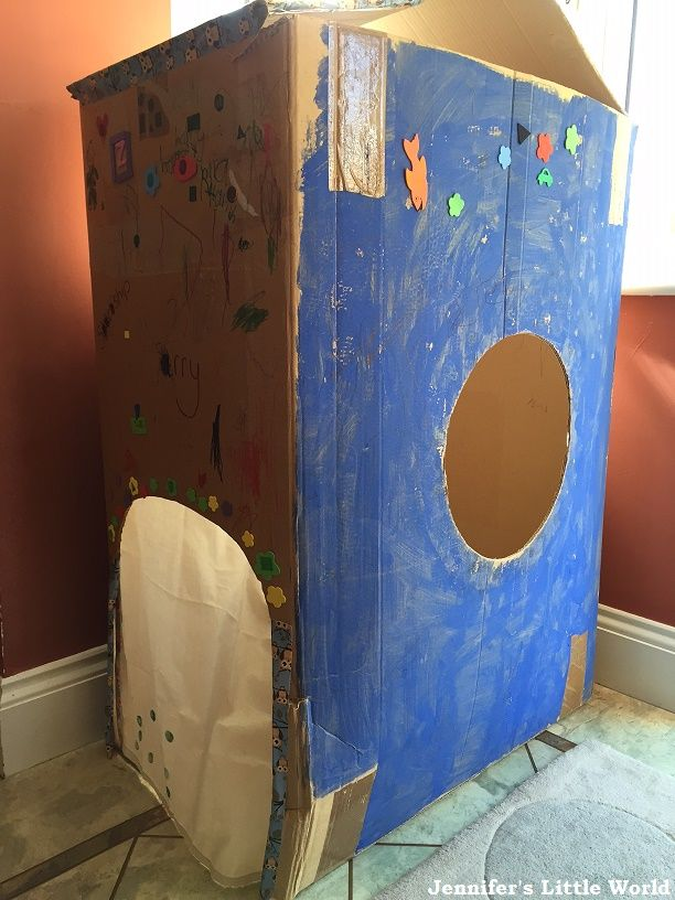 how to make a space rocket from cardboard boxes