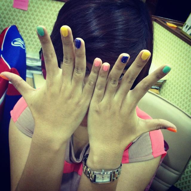 Colorful Nail !!