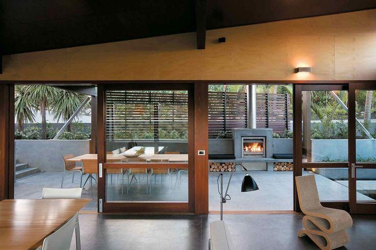 Owhanake Bay House, Waiheke Island, Auckland, Strachan Group Architects