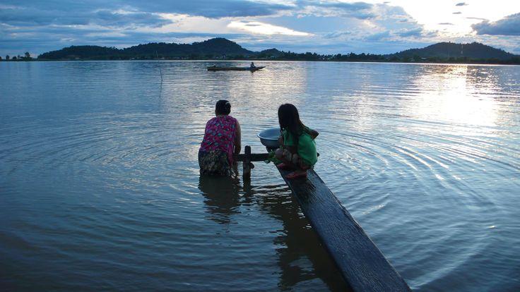 Les 4000 îles au Laos... http://www.globe-trotting.com/#!itineraire-asie-du-sud-est-/ca5r Photo : Alexandre François