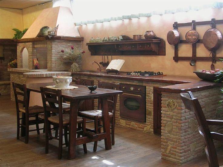 Oltre 25 fantastiche idee su case rustiche su pinterest - Foto cucine rustiche in legno ...