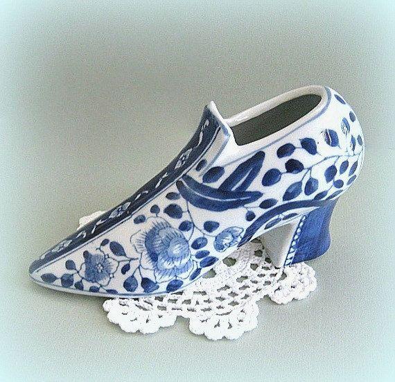 Collectible Shoe Figurine Victorian Shoe Decor Miniature Shoe High Heel Shoe Ceramic Shoe Porcelain Shoe Blue White Shoe Decorative Mini
