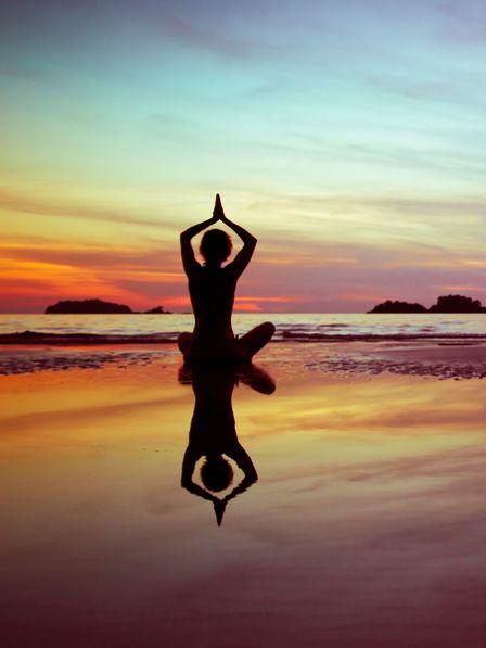 Überall nur noch Stress und Hektik! Fühlen Sie sich auch ständig überfordert? Vielleicht können Ihnen Yoga-Übungen und eine Detox-Kur helfen. #palmolivestimmungsmacher