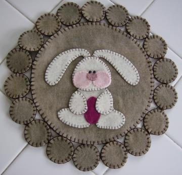 Easter Bunny Wool Penny Rug   Sale by quiltgirlscreations for $20.00