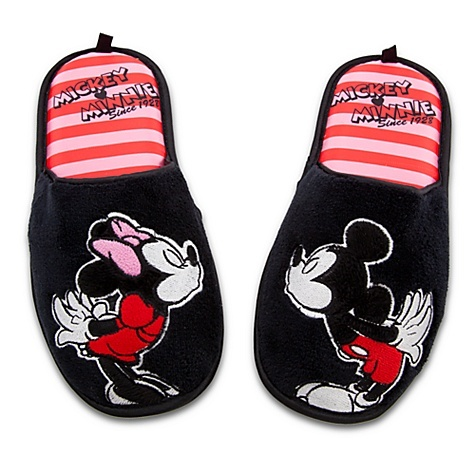 Minnie and Mickey Mouse Slippers I need these they would match my winter robe