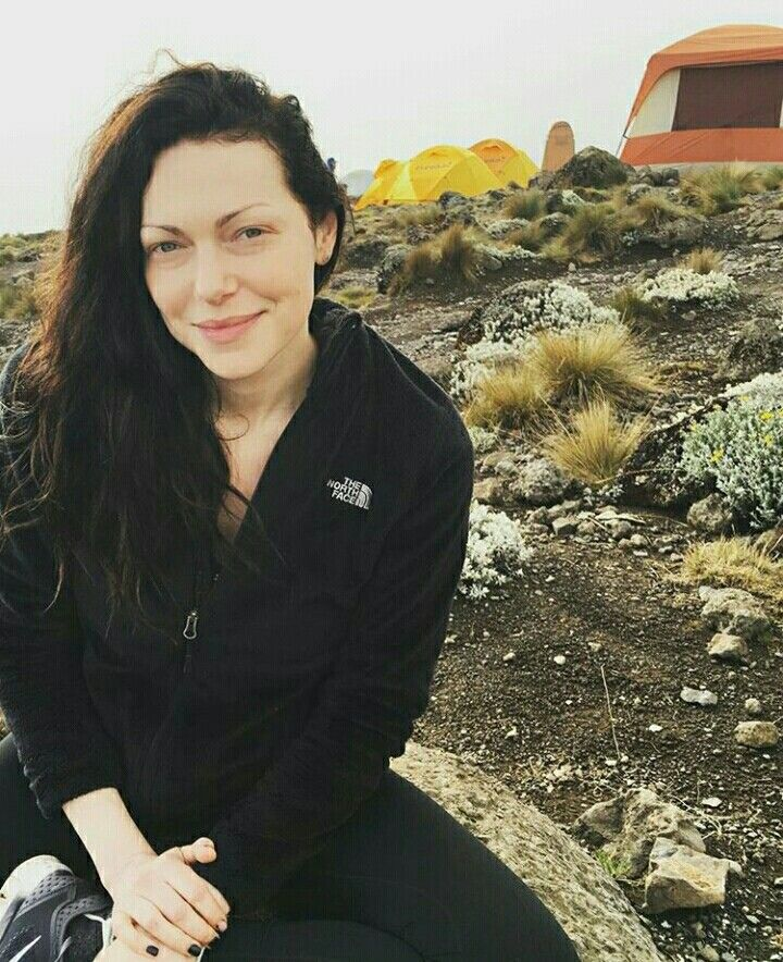 Laura Prepon in Black is the new Sexy