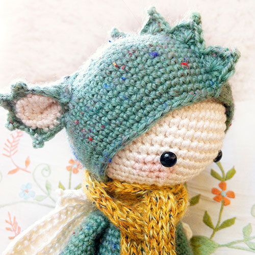 Fierce Little Dragon Amigurumi Pattern : 213 best images about munequitos bien monitos on Pinterest